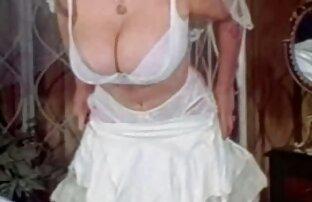 Haver felvette az anyja szex videok ingyen online rózsaszín ruhát, majd tedd az anális