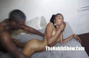 A érzéki sex video lány a kamera előtt, dörzsölés, nagy