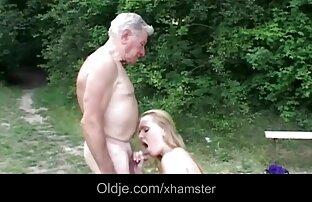 Aranyos vörös, amatör házi videok maszturbál vele