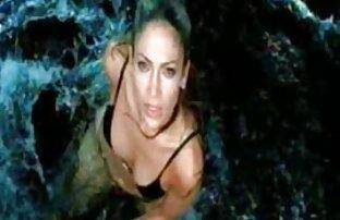 A amatőr szex videók ingyen lányok alszik a pezsgőfürdőben