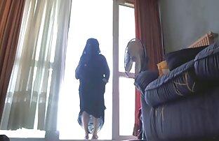 Ők stroke a seggét punci nyalás video keresztül harisnya egy szállodában