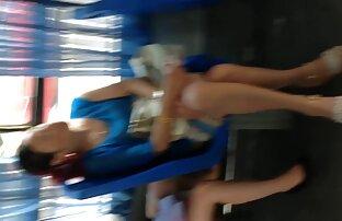 Szex, mély szeksz videók szopás egy ügyfél egy sztriptízbárban