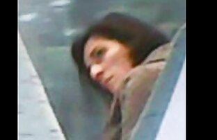 A online felnott filmek nő vezet egy punci a társa a hátsó